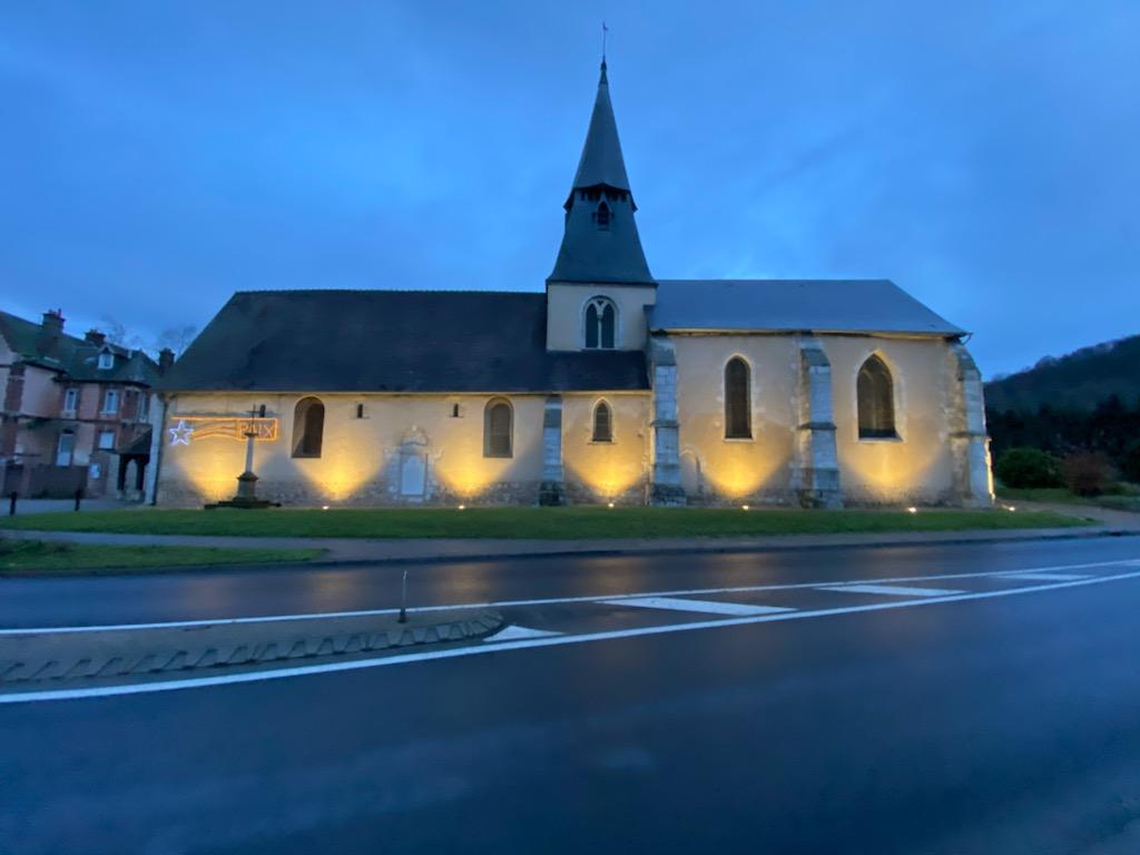Mise en lumière de l'église de Romilly