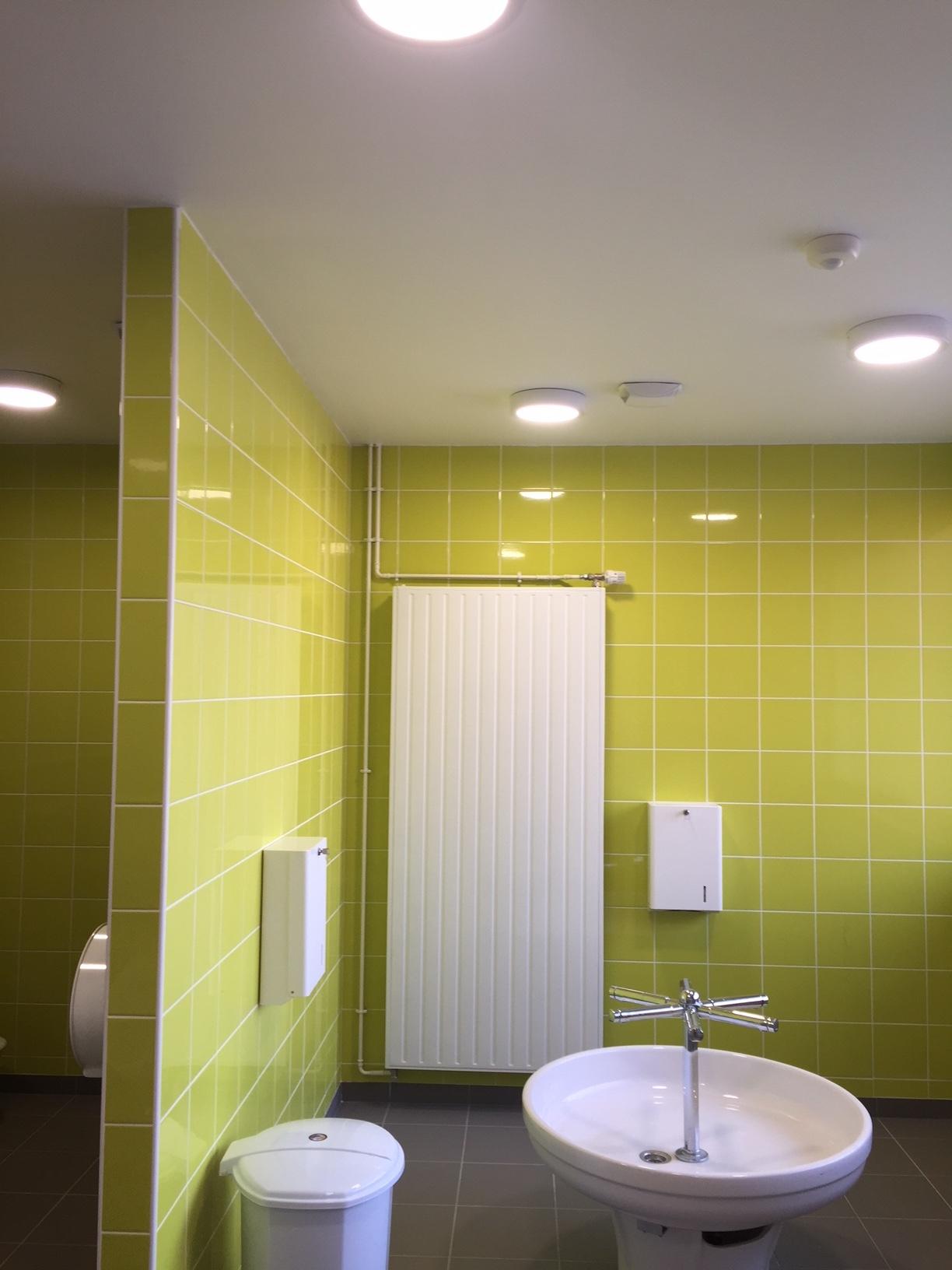 Notre entreprise spécialisée en courant fort et courant faible à rénovée électriquement l'école de Berville dans le département de l'Eure.